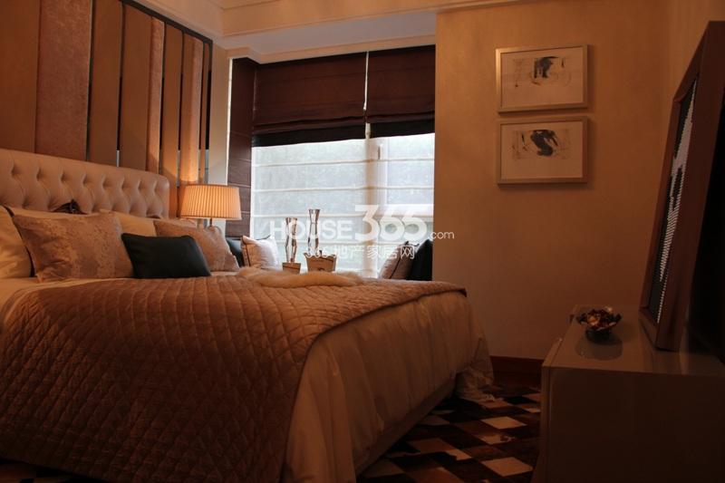 户型)样板房--卧室