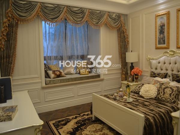 无锡万达文化旅游城120平样板间卧室