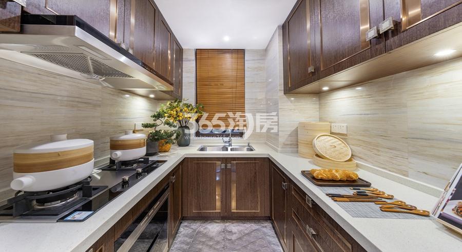 新城香悦公馆P1户型图150方样板房——厨房